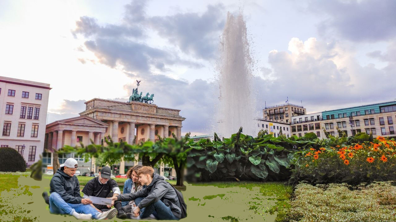 City rally Berlin through Berlin-Mitte - including picture show and award ceremony - 24€ per pupil