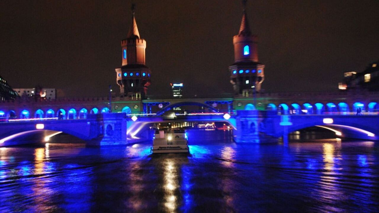 Discover the lights of Berlin at the Festival of Lights on a bus and ship tour.