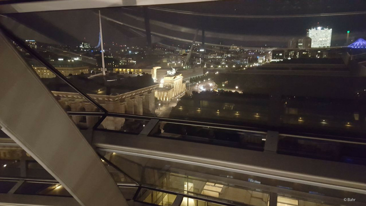 reichstag berlin dinner on the roof of the berlin reichstag. Black Bedroom Furniture Sets. Home Design Ideas