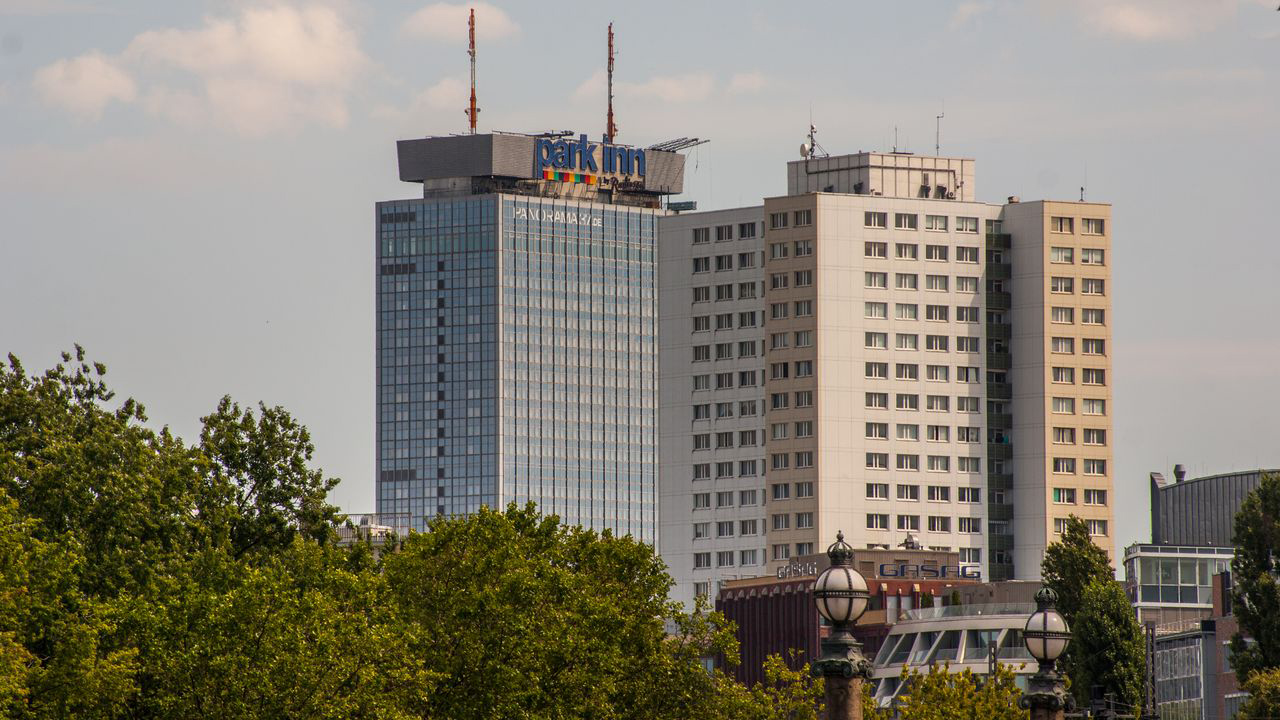 Bauhaus Klettergurt : Hostel die etage east berlin